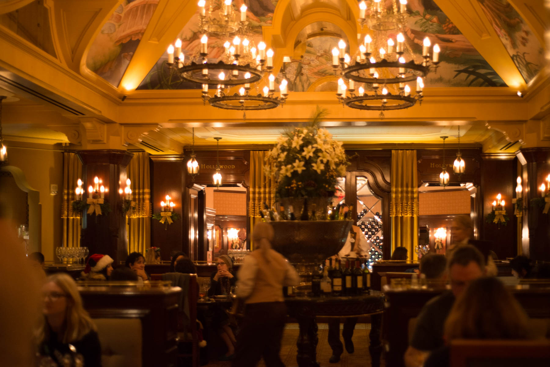 Carthay Circle Restaurant Dining Room at Disneyland's California Adventure