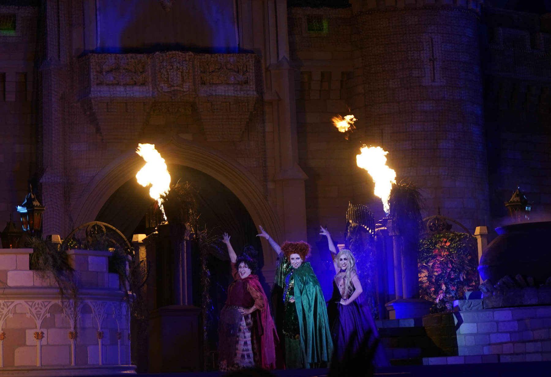 Sanderson Sisters at Disney World for the Hocus Pocus Villain Spelltacular show