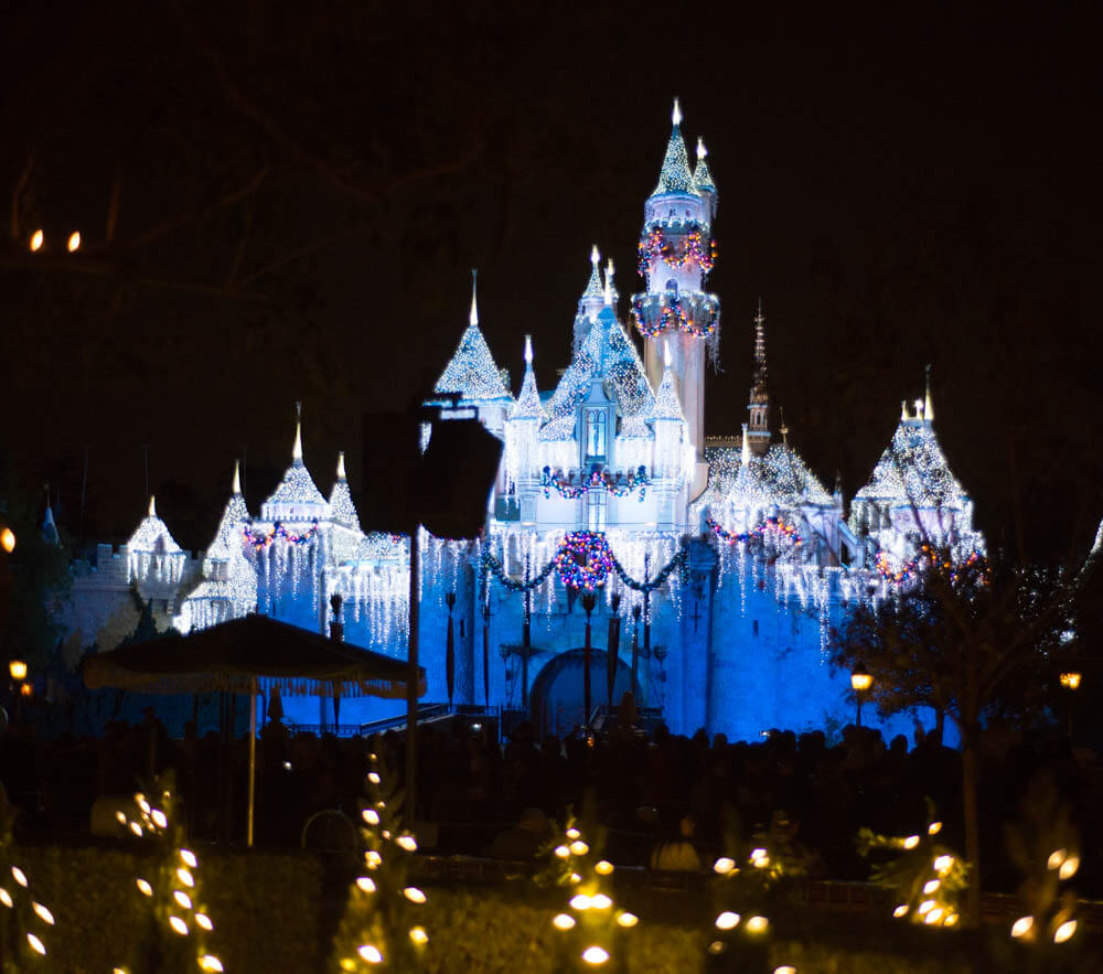Icicles Christmas Sleeping Beauty Castle Disneyland