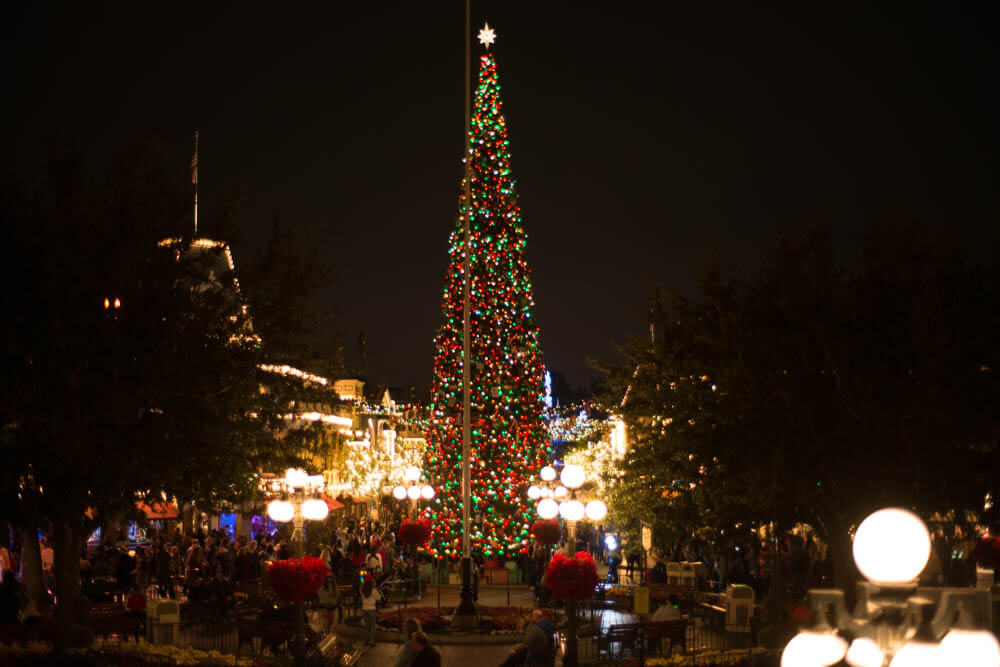 Christmas Tree Main Street USA in Disneyland